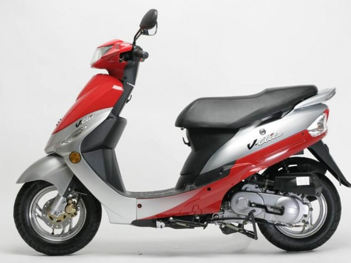 it partners 2012 ca roule pour etc qui fait gagner avec ses partenaires des scooters ses. Black Bedroom Furniture Sets. Home Design Ideas