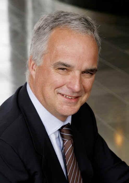 Alain Laing, Acronis