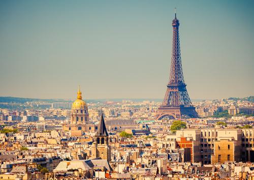Paris (Shutterstock)