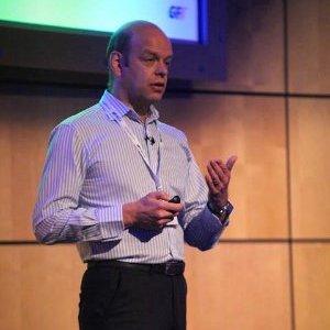 Dr. Alistair Forbes, directeur général de LogicNow - GFI