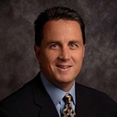 Bob Gault , Vice-président chargé du channel et des partenaires