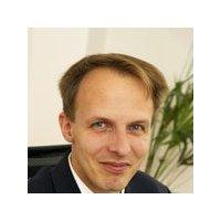 Dr Eberhard Aust , SynerTrade