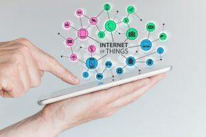 « Enjeux et démocratisation de l'Internet des Objets » - Synox Group