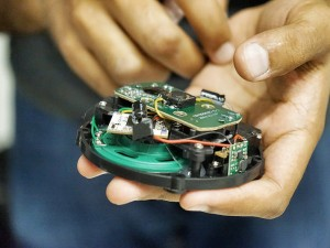 IoT_Mobile Hackaton_Photo credit fumi via visualhunt CC BY-NC-SA_II_7193571811